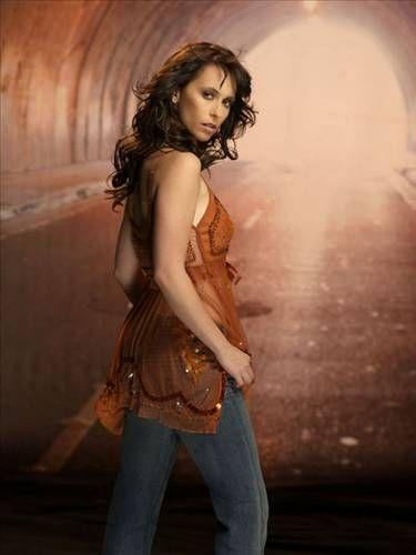 Amerikalı şarkıcı ve oyuncu Jennifer Hewitt, obsesif olduğunu patalog olan annesinin söylediğini belirtiyor. Hewitt'in takıntısı, biraz da korkuyla bağlantı.