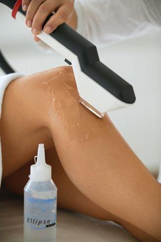 Lazer Epilasyon - Özellikle yaz aylarında, leke riskini göz önünde bulundurarak, Nd-Yag türü lazer tercih edilmelidir. Gelinlerde; bacak, kol ve bikini bölgesi en sık uygulama yapılan bölgelerdir.