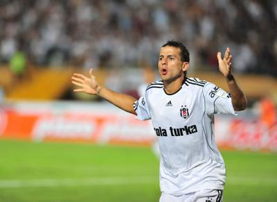 Yapılan görüşmede Figer ile Sporting Lizbon'lu idarecilerin, Bobo için her konuda anlaşma sağladıkları kaydedildi.