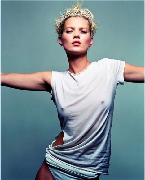 Kate Moss'un en güzel pozları - 33