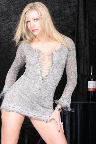 ABD'nin başkenti Washington DC'deki bir think tank kuruluşunda staja başlayan Laurie, meslek değiştirmeye karar verdi ve porno sektörüne geçti.