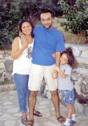 Oğullarının en büyük destekçisi olan Süheyla Hanım Deniz - Mustafa ve Yılmaz Erdoğan'ın annesi.