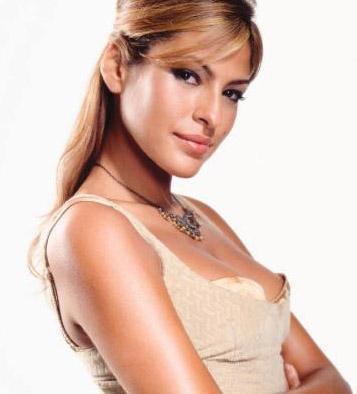 EVA MENDES   Mendes, Hollywood'un en gözde Latin güzellerinden.