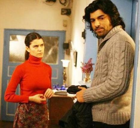 Engin Akyürek'in hayat verdiği Kerim, sadece romantik ve kararlı olmasıyla değil düzgün fiziğiyle de ilgi topluyor.