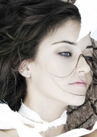 """Ortaç'ın """"17 yaşında çıtır sevgilim var"""" dediği sevgilisinin Miss Kemer International Güzellik Yarışması'nda ikincilik tacı giyen Tuğba Melis Türk olduğu iddia edildi."""