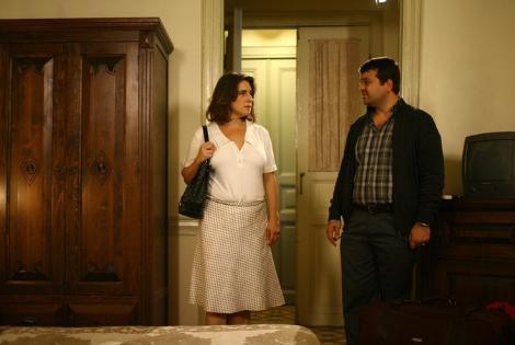"""Rahmi'nin dizinin hemen her bölümünde kullandığı """"Deme öyle, deme, deme, üzülür"""" repliği çoktan izleyiciler arasında espri konusu oldu bile."""