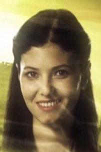 Alona Bozbey'in canlandırdığı Zuhal önce Halit Karadağ'ın saf oğlu Kadir'i baştan çıkarıp onunla evlendi.