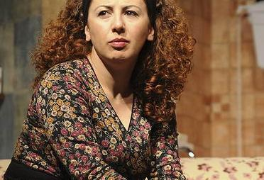 Başarılı oyuncu Günay Karacaoğlu bugüne kadar bir çok sinema filmi ve TV dizisinde rol aldı...