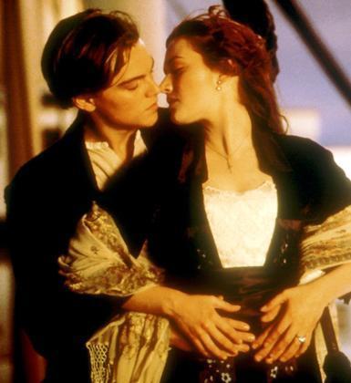 Leonardo DiCaprio ve Kate Winslet (Titanik)
