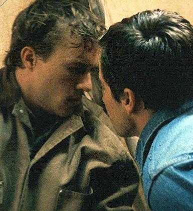 Heath Ledger ve Jake Gyllenhaal (Brokeback Dağı)
