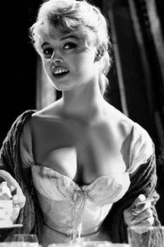 Brigitte Bardot'nun gençliğinden,