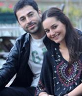 Kasabalı gerçek hayatta Sedef Avcı ile evli.