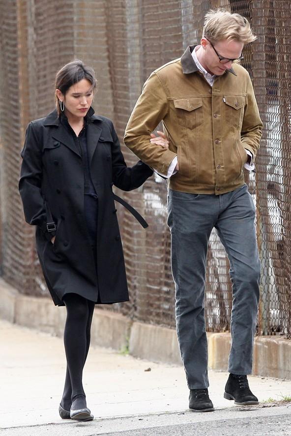 Jennifer Conelly hamileyken de her zamanki gibi çok şık görünüyor.