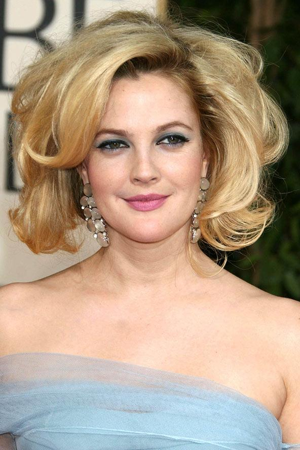 Kabarık saçın yakıştığı ünlülerden biri de Drew Barrymore...