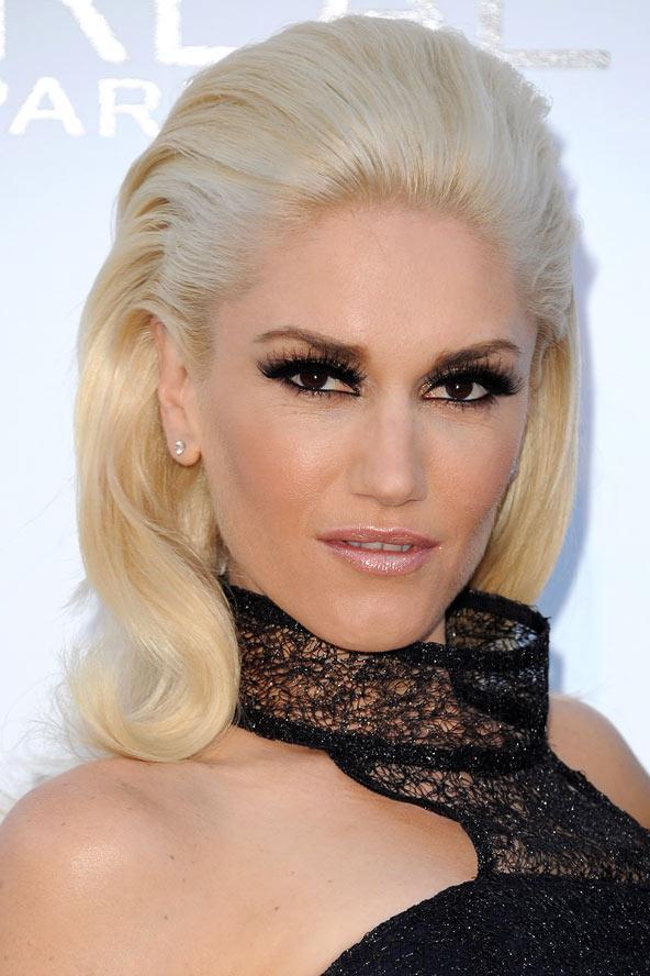 Gwen Stefani, Cannes Film festivalindeki kırmızı halıda saçlarıyla büyüledi.  Biz bu halini çok sevdik.