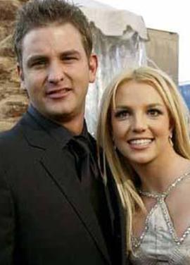 Britney Spears'ın kız kardeşini herke tanıyor. Bryan Spears ise çok göz önünde değil.
