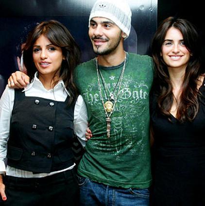 Ailenin en ünlüsü Penelope Cruz olsa da kardeşleri Monica ve Edoardo'yu da herkes tanıyor artık.