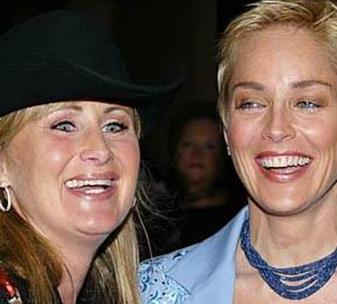 Sharon Stone'un bir de ablası var.