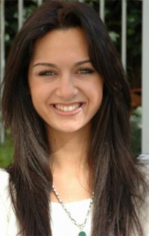 Birce Akalay, son dönemin en güzel genç ekran yüzlerinden biri.