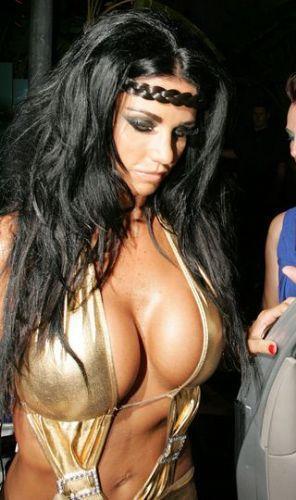 Katie Price'den seksi fotoğraflar.. - 136
