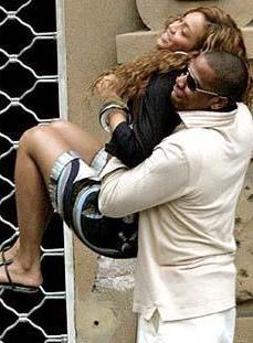 BEYONCE EŞİNDEN ÇOK GENÇ  Beyonce ile kocası arasında da epey yaş farkı var.