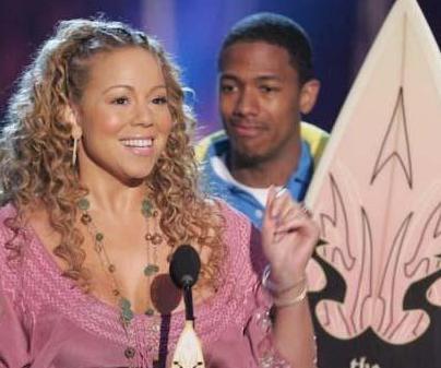 MARIAH DA GENÇ EŞLE EVLENDİ  Mariah Carey ile eşi Nick Cannon arasında epey yaş farkı var.