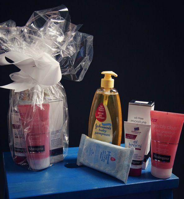 Günün son sürprizi Johnson's Baby'nin yarışmayı kazanan anne ve çocuklar için hazırladığı birbirinden güzel hediye setleriydi.