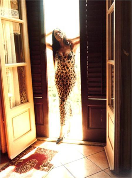 Vogue Italia, sıfır bedene savaş açtı - 16
