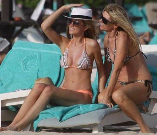 İkili arasındaki bu benzerlik geçen yıl çıktıkları Dubai tatilinde bir kez daha gözler önüne serildi.