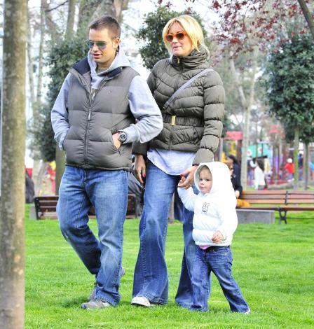 Yağmur Atacan, Pınar Altuğ ve minik kızları Su da ünlüler dünyasının en çok ilgi gören ailelerinden.