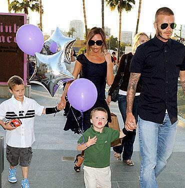 David ve Victoria Beckham'ın üç oğullarına yakında bir de kız kardeş katılacak.