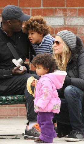 Heidi Klum ve Seal da kalabalık bir aile olmaktan son derece mutlu.