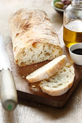 Diyabet (şeker):   Posa içeriği zengin yiyecekler tercih edilmeli. Bu gıdalar, kan şekerini yavaş yükseltir, insülin ihtiyacını azaltır, tokluk hissinin oluşmasını sağlayarak ağırlık kontrolüne yardımcı olur. Yemeklerde posa miktarını artırabilmek için pirinç yerine bulgur, meyve suyu içmek yerine meyve yenilmeli. Çavdar ya da tam buğday ekmeği tercih edilmeli. (Zaman)