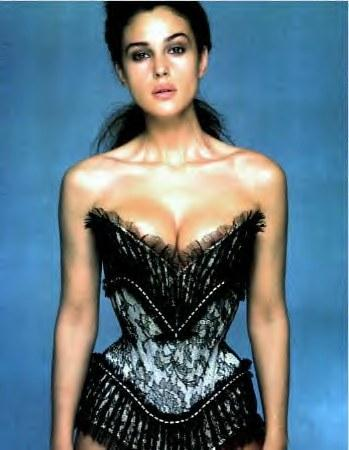Monica Bellucci'den seksi pozlar.. - 12