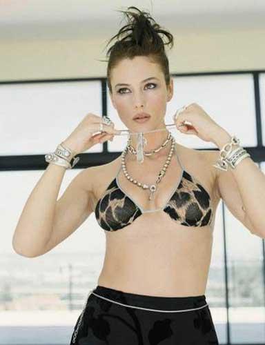 Monica Bellucci'den seksi pozlar.. - 15