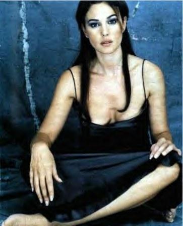 Monica Bellucci'den seksi pozlar.. - 18