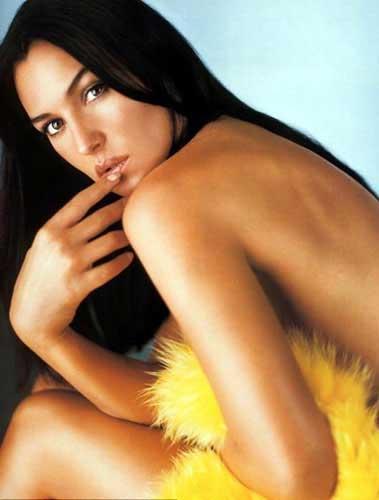Monica Bellucci'den seksi pozlar.. - 22