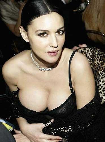 Monica Bellucci'den seksi pozlar.. - 37