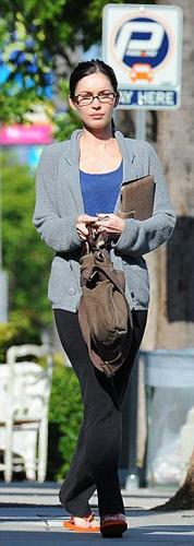 Dünyanın en seksi kadınlarından biri olarak kabul edilen Amerikalı aktris ve model Megan Fox, Beverly Hills dizisiyle ün yapmış kocası Brian Green ile Los Angeles'ta romantik bir öğle yemeği yedi.