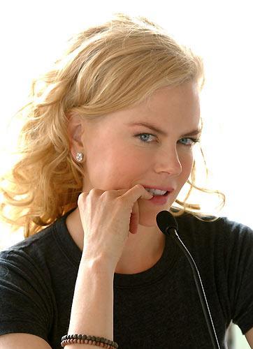 İşte karşınızda 39 yaşındaki güzel yıldız Nicole Kidman…