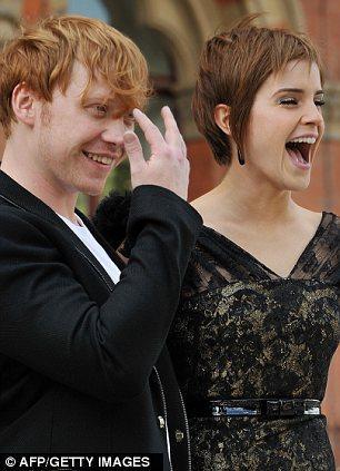 Harry Potter serisinden Rupert Grint ve Emma Watson.
