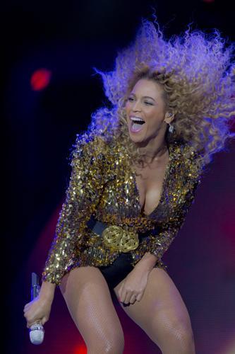 Beyonce'den seksi kareler.. - 48