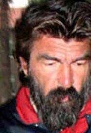 Kadir İnanır, Zeynep Değirmencioğlu, Ayhan Işık, Perihan Savaş gibi sanatçılarla kamera karşısına geçti, çok sayıda filmde rol aldı.