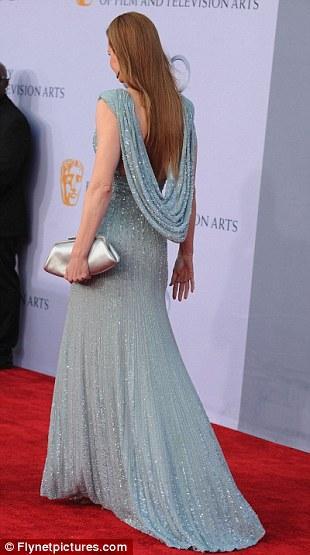 Nicole Kidman'ın derin yırtmaçlı elbisesi Elie Saab tasarımıydı.