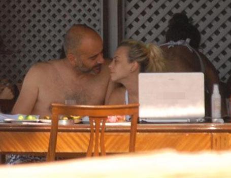 Talu, Bodrum'da sevgilisiyle birlikte tatil yaptı.