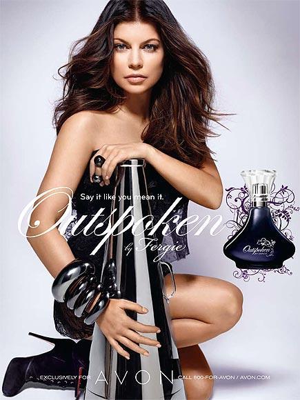 FERGIE: OUTSPOKEN Fergie ilk parfümünü geçtiğimiz yıl çıkardı. Avon'la birlikte çalışan şarkıcının parfümü Avon'dan satın alınabiliyor.