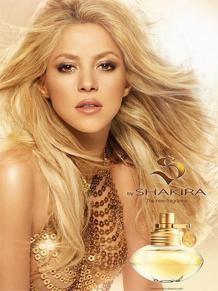 SHAKIRA: S Shakira'nın parfümü iddialı, güçlü ve kendine güvenen kadınlar için. Parfümde sandal ağacı ve yasemin kokuları ağırlıklı.
