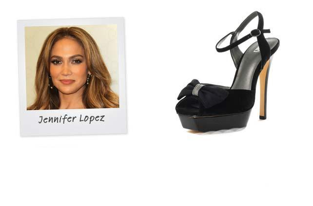 Ünlü: Jennifer Lopez - Marka: J Lo Shoes Neden Sevdik: Ayakkabılar tıpkı Jennifer Lopez gibi sofistike, gösterişli ve her zaman partiye hazır.