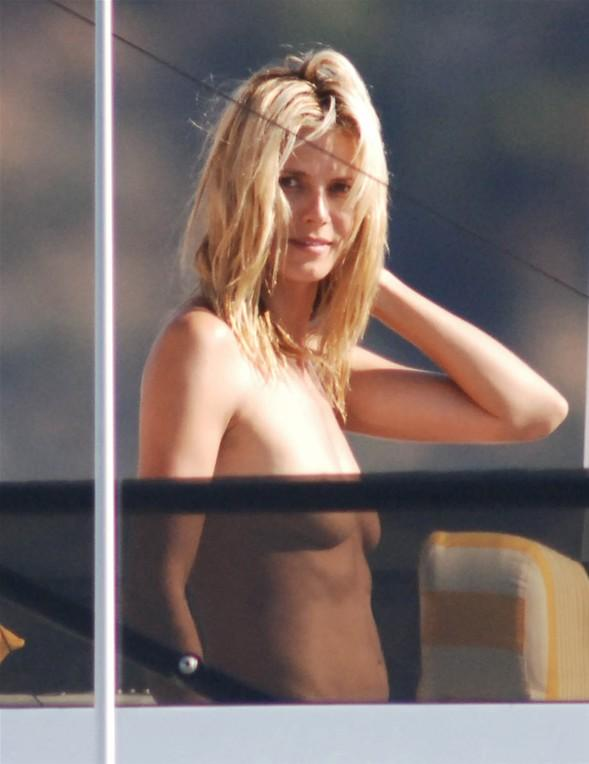 Heidi Klum'un üstsüz tatili - 51