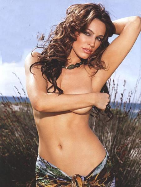 Kelly Brook'tan bikini şov.. - 38